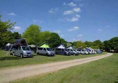 Mazda Bongo camping_